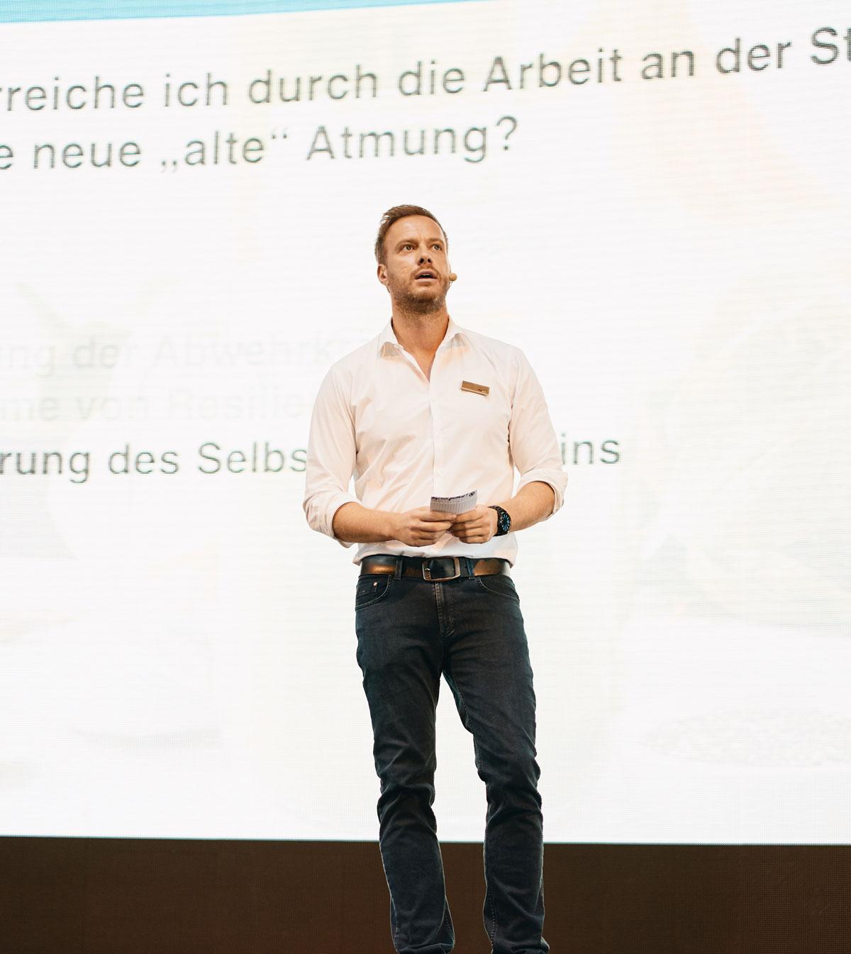 Gerrit Winter ist Lifecoach und Buchautor für Manager und CEOS aus Köln